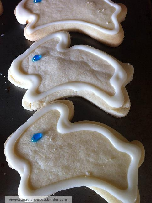 Decorated Butter Shortbread Bunnies