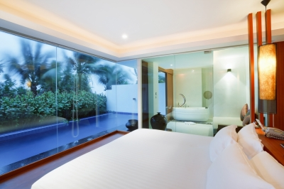 luxury-bedroom