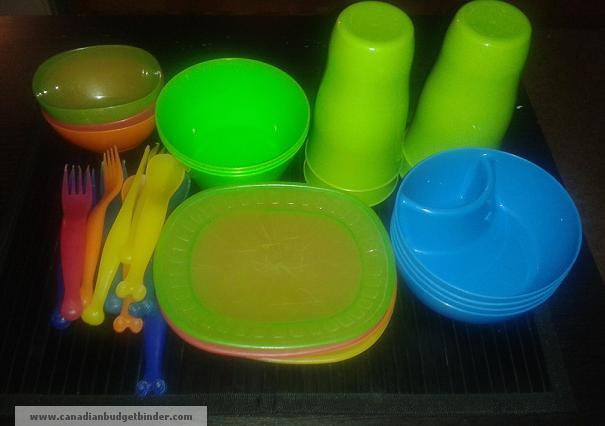 plastic-dishes-cuttlery-cups