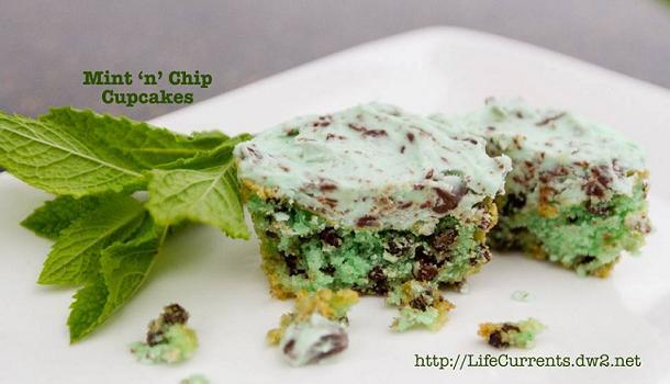 chocolate-mint-cupcakes