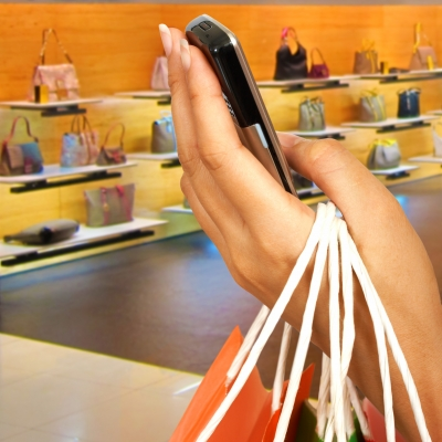 cell-phone-grocery-shopping